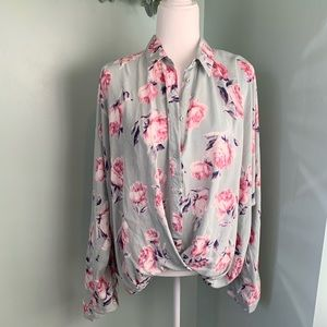 NWOT Umgee Floral High Low Blouse